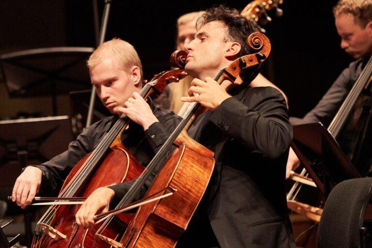 12.07 kell 20:00 Pärnu kontserdimaja, Järvi Akadeemia gala